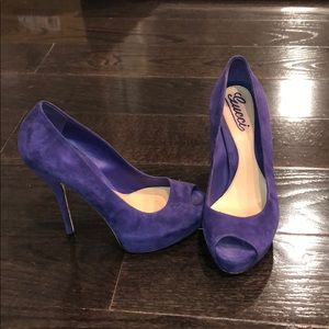 Purple gucci vintage heels
